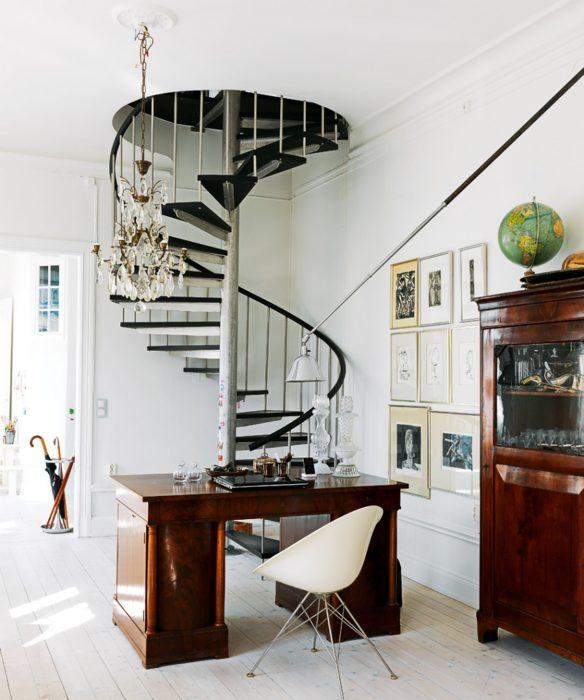 Винтовая лестница — функциональна и компактна
