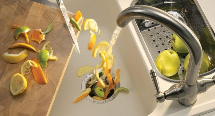 Обустроив кухонную раковину измельчителем для отходов, вы навсегда избавитесь от засоров трубы