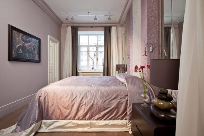 Преимущество тканевого натяжного потолка в том, что его можно красить