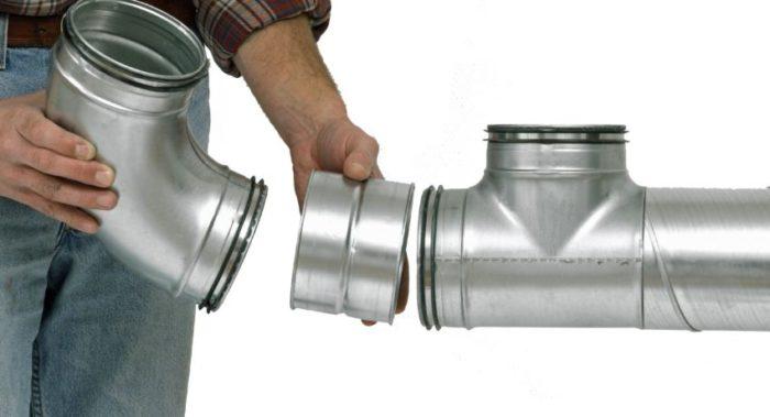При выборе трубы для вентиляции нужно учитывать ее размеры, материал изготовления и условия эксплуатации