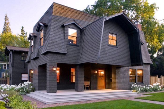 Мансардная вальмовая крыша сложной конфигурации требует особых просчетов нагрузки на фундамент и стены здания