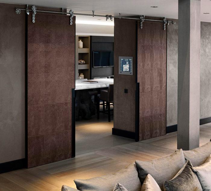 Раздвижные двериидеально подходят для маленьких квартир