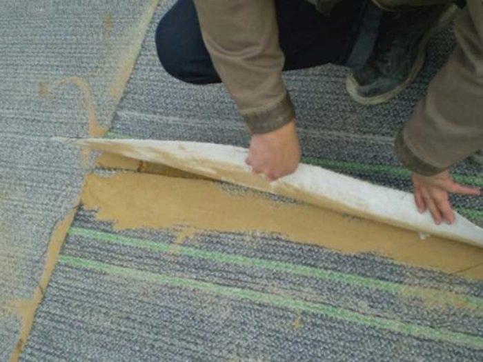 Надежность и герметизация мест нахлесток обеспечиваетсянепрерывным слоем бентонитовых гранул