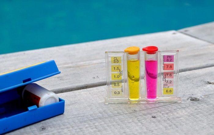 Чистая вода в бассейне — это прежде всего безопасность для его посетителей, поэтому об этом следует позаботиться в первую очередь