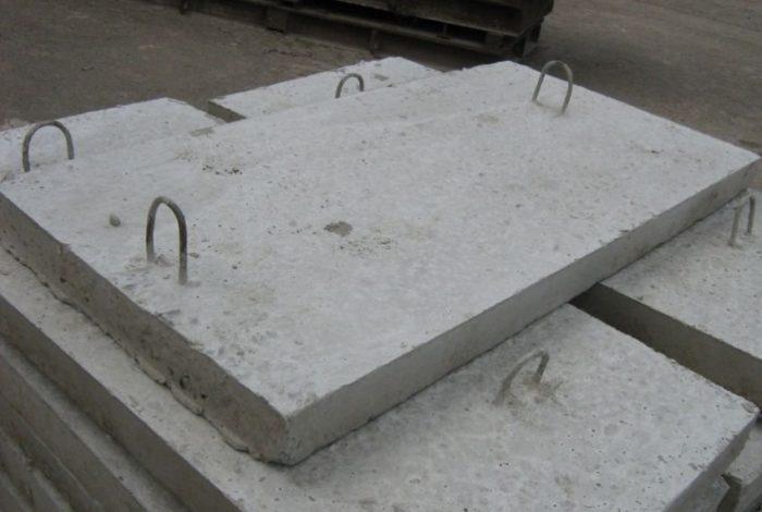 Отсутствие стыков между монолитными плитами повышает способность удерживать тепло и поглощать звуки