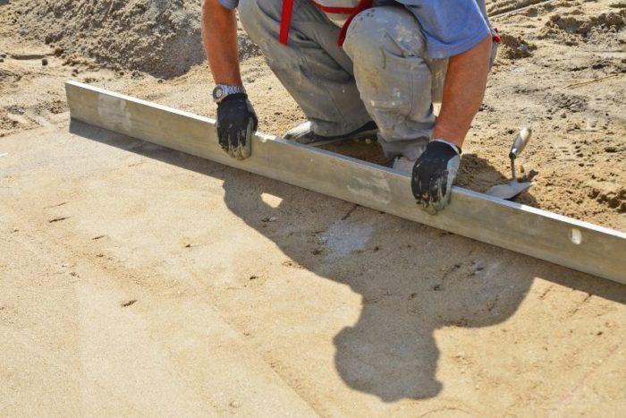 Подготовка площадки, предназначенной для мощения тротуарной плиткой